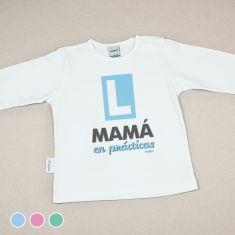 Camiseta Divertida Bebé Mamá en Prácticas Menta, Azul o Rosa