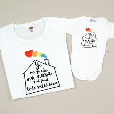 Pack 2 Camisetas Mamá Arcoíris Yo me quedé en casa y al final todo salió bien