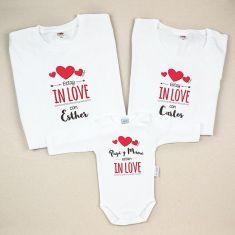 Pack 3 Camisetas Personalizadas Estoy in love con (Nombres de los padres) / Papi y Mami están in love
