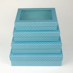 Boxes with widow of top color with dots 4u