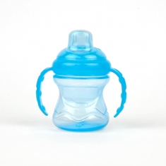 Bath jug to lighten the shampoo Clevmama